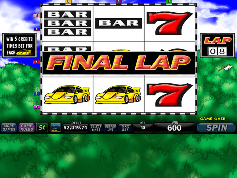 Super 8 Race game image 2